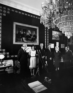 AR7325-D. Opening of the Refurbished Treaty Room, White House