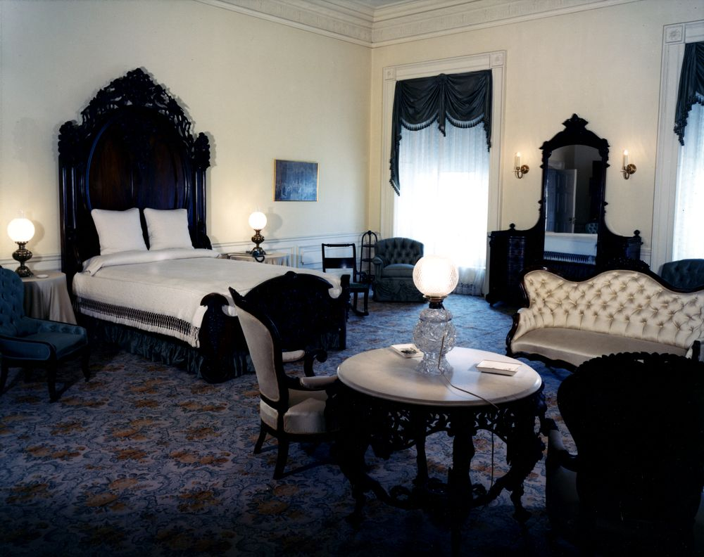 KN-C16118. Lincoln Bedroom, White House - John F. Kennedy Presidential ...