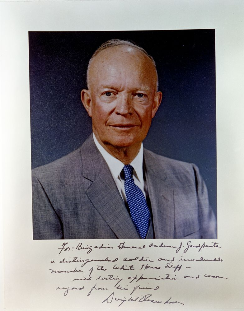 d eisenhower essay To what extent was general eisenhower personally responsible for the allied success of d-day general eisenhower's involvement in d-day has been widely.