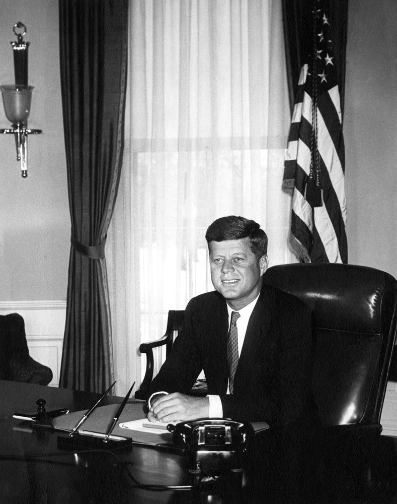 ar6283 a portrait photograph of president john f kennedy