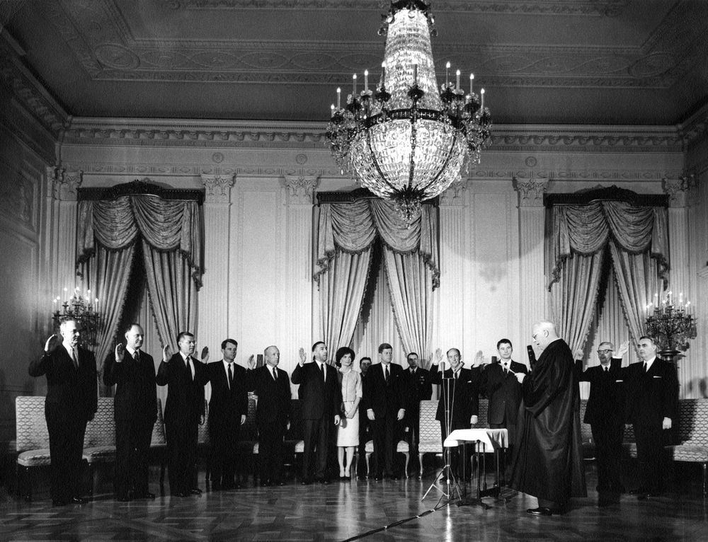 AR6287-E. Sworn-In Cabinet Members Pose with President John F ...