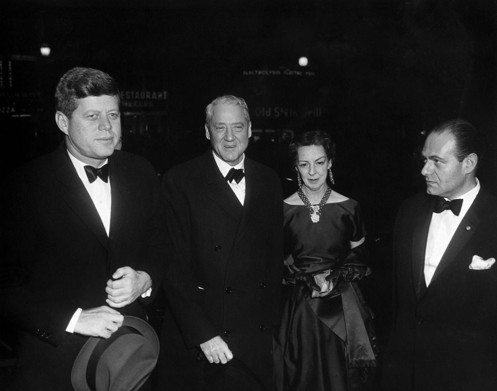 ar a president john f kennedy and others arrive at dupont ar6356 a president john f kennedy and others arrive at dupont theater for film screening