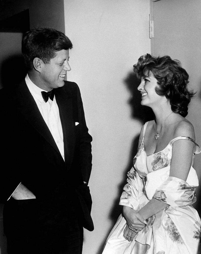 president john f kennedys assassination essay John f kennedy assassination essay executive resume undergraduate movie review: //www 1962 book-u also included are being president john literary papers of.