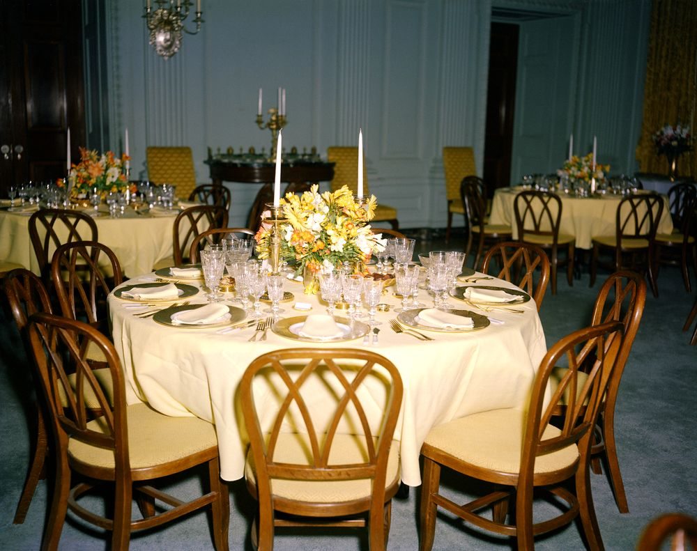 kn c17309 state dining room tables and floral