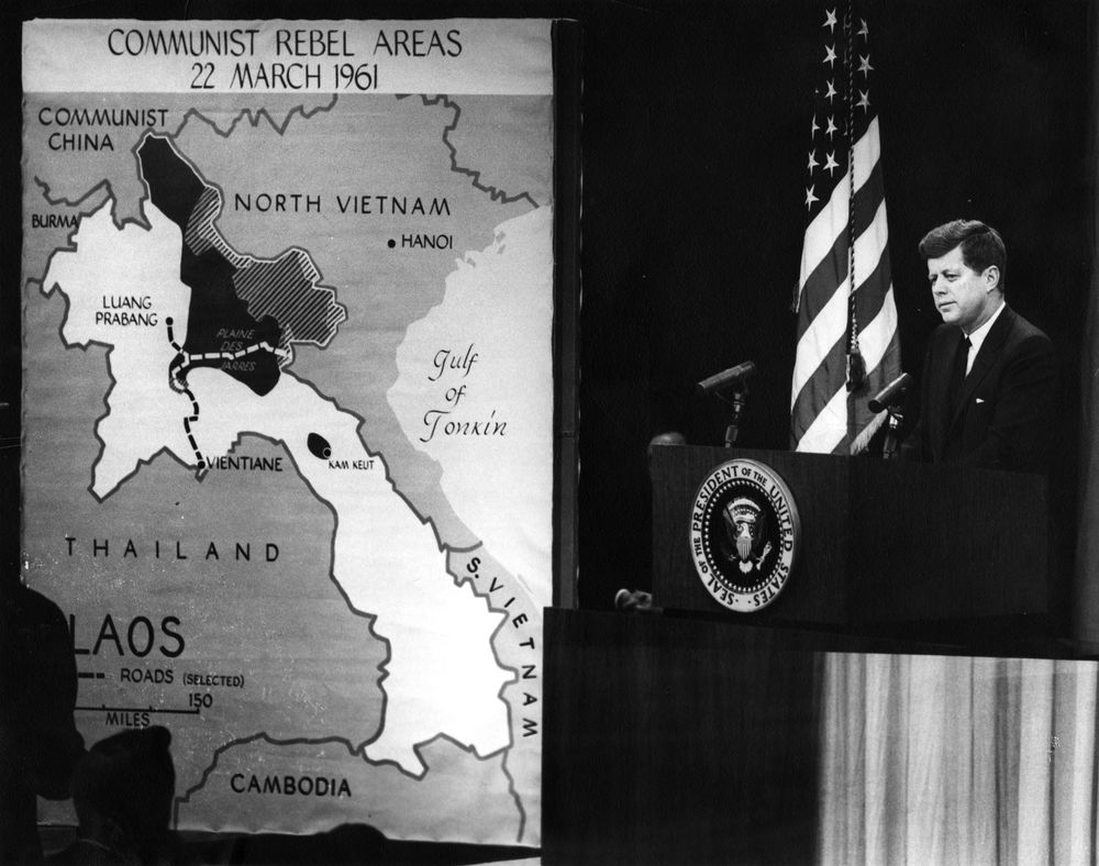 president kennedy john f kennedy presidential library museum ar6454 b president kennedy s news conference of 23 1961 mapboard used to