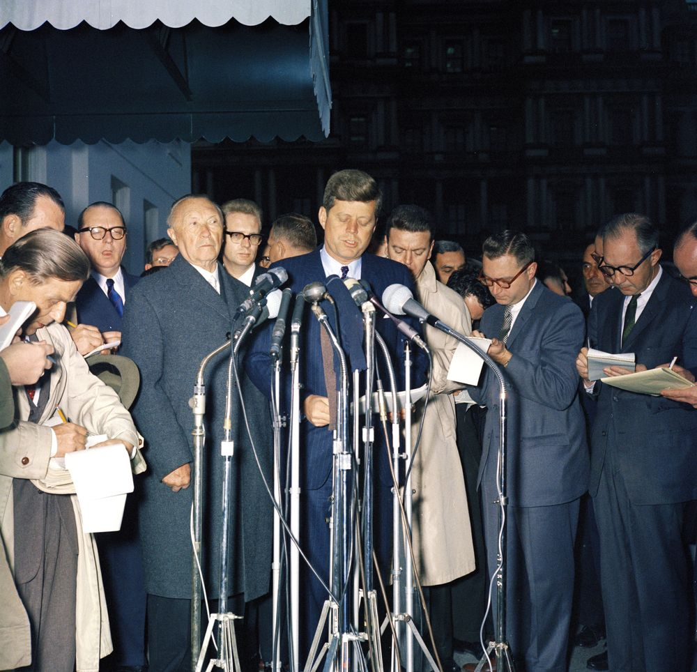 an analysis of the statement of president john f kennedy Proliferation analysis november 17, 2003  submit in honor of the memory of  president john f kennedy, we present below some of his most important.