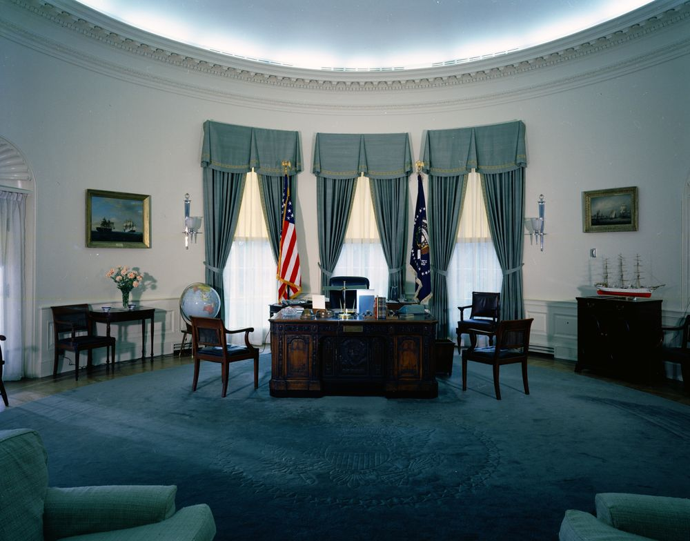 Oval Office desk - John F. Kennedy Presidential Library & Museum