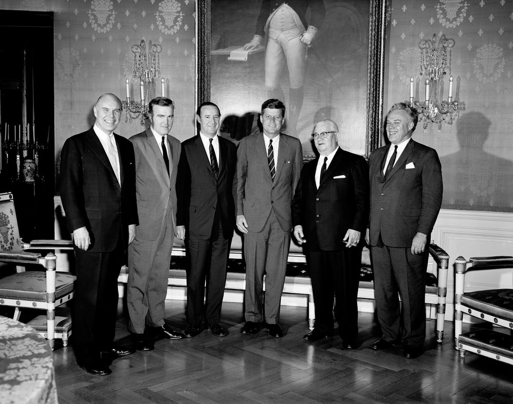 Kn 17921 congressional coffee hour house of representatives john
