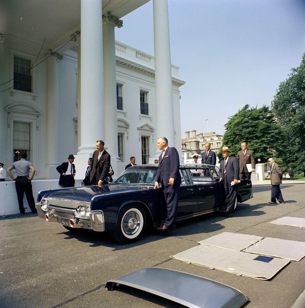 New Presidential limousine - John F. Kennedy Presidential ...