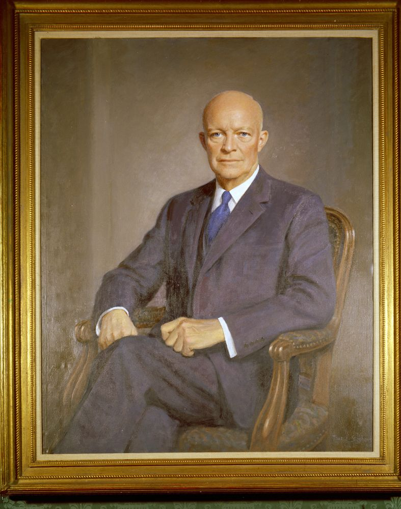 dwight d eisenhower essay Dwight d eisenhower: life in brief dwight d eisenhower was one of america's greatest military commanders and the dwight d eisenhower essays life in.