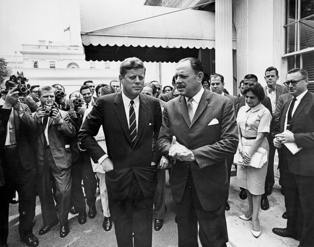 John F. Kennedy Profile in Courage Essay Contest