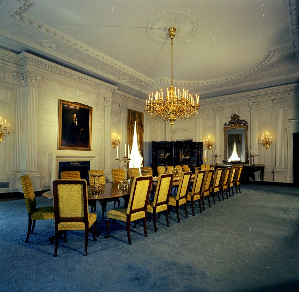 State dining room white house