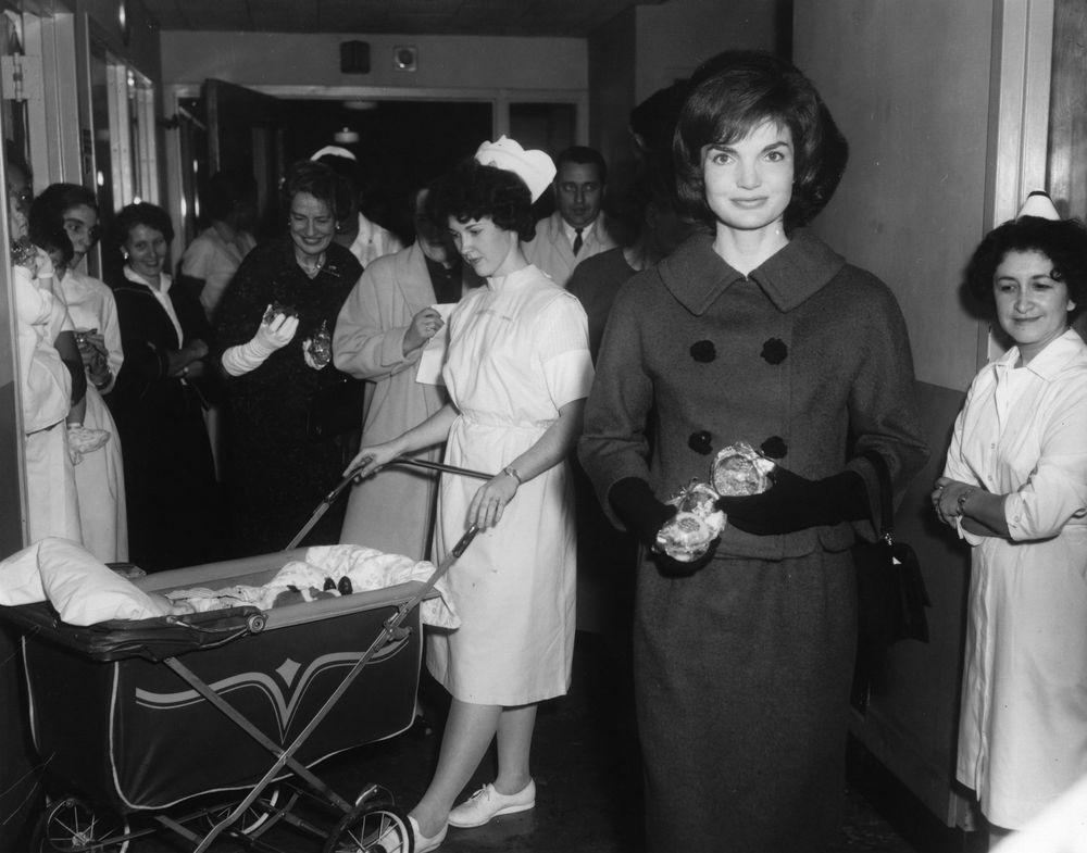 First Lady Jacqueline Kennedy Jbk Visits D C Children