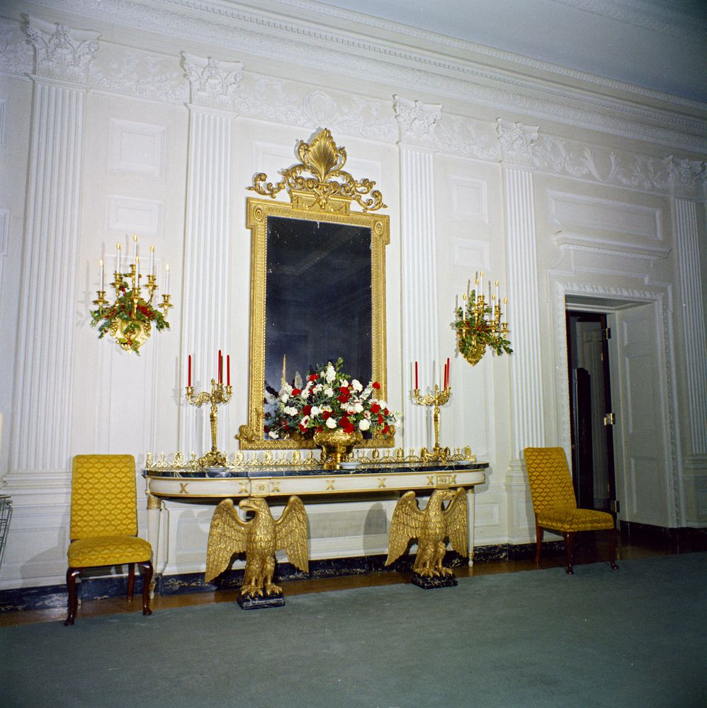 White House Rooms, Christmas decorations: East Room, Red Room, Green ...