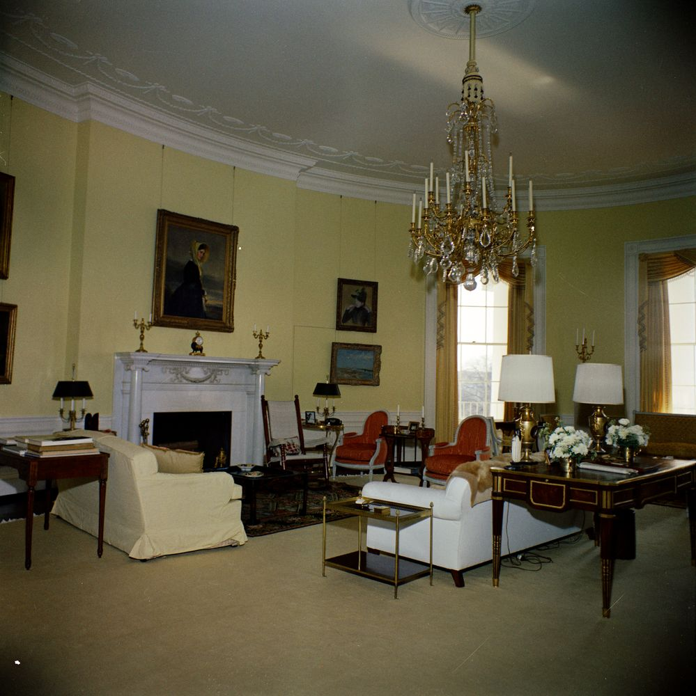 white house rooms yellow oval john f kennedy presidential library museum. Black Bedroom Furniture Sets. Home Design Ideas