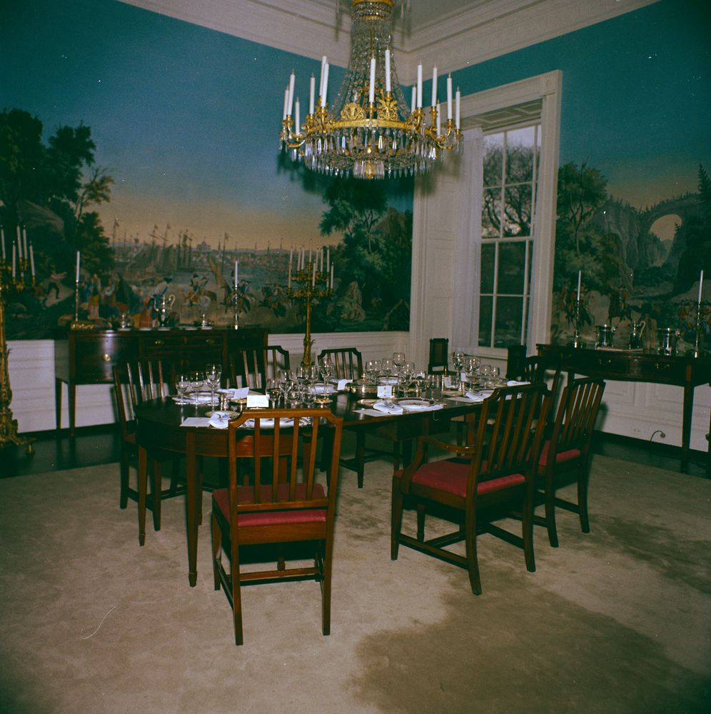 Kn c19928 president s dining room white house john f for Dining room c house of commons