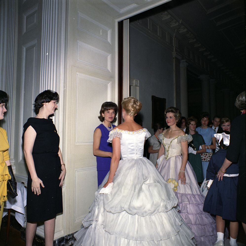 First Lady Jacqueline Kennedy Lynda Bird Johnson And Lucy Baines Greet White House Guests
