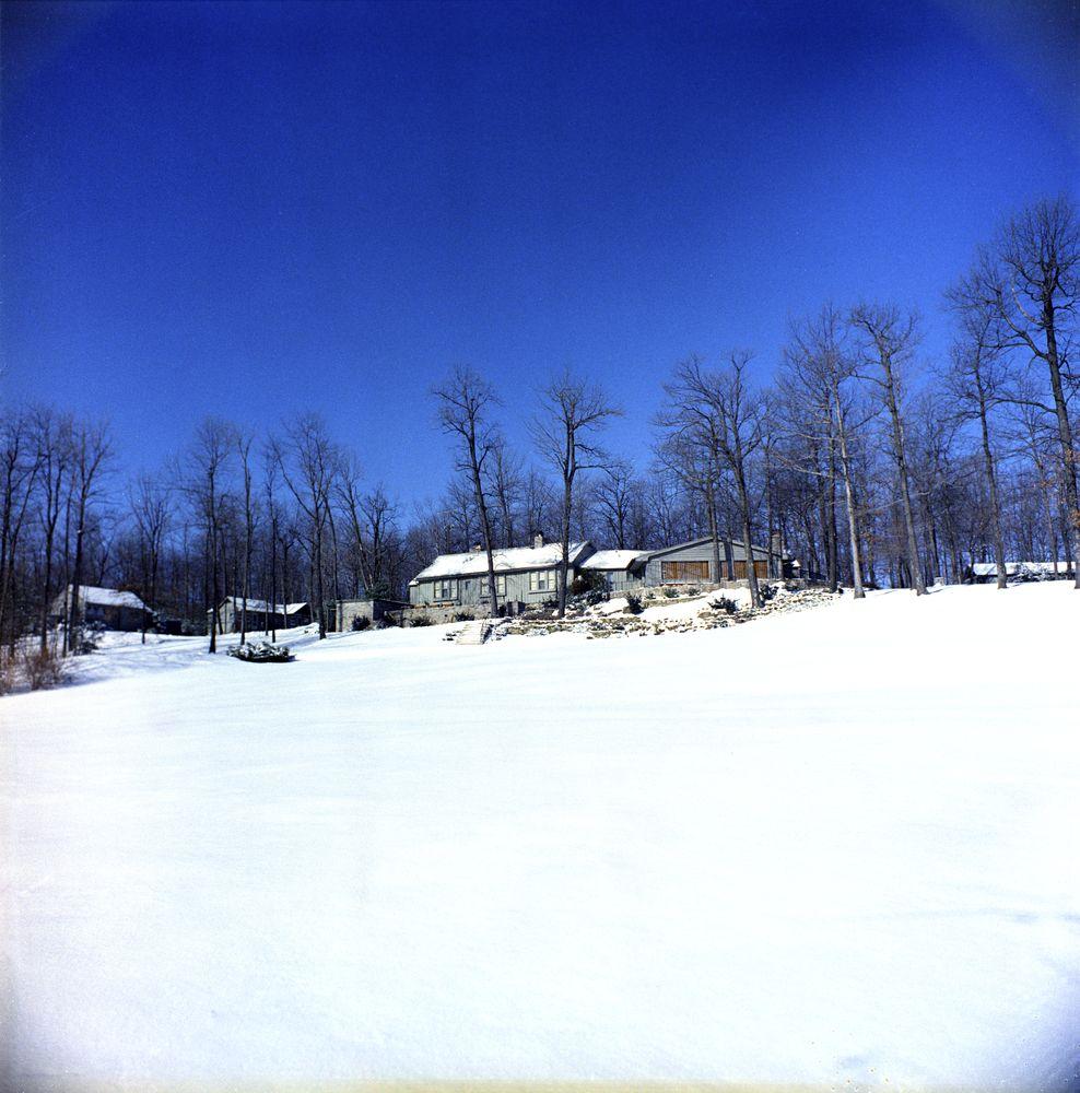 Kn C20043 Aspen Lodge Camp David John F Kennedy