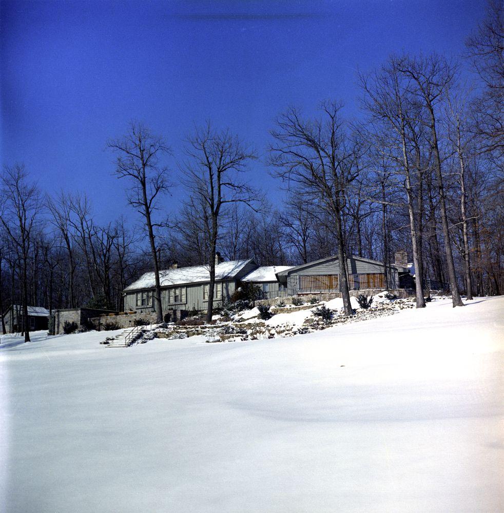 Kn C20063 Aspen Lodge Camp David John F Kennedy