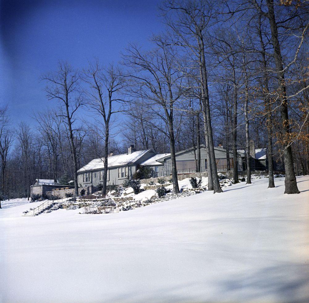 Kn C20065 Aspen Lodge Camp David John F Kennedy