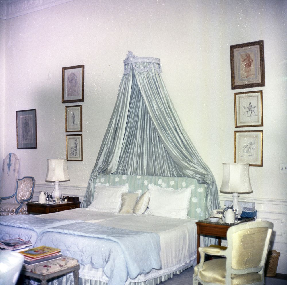 White House Rooms: First Lady Jacqueline Kennedy's Bedroom, Second ...
