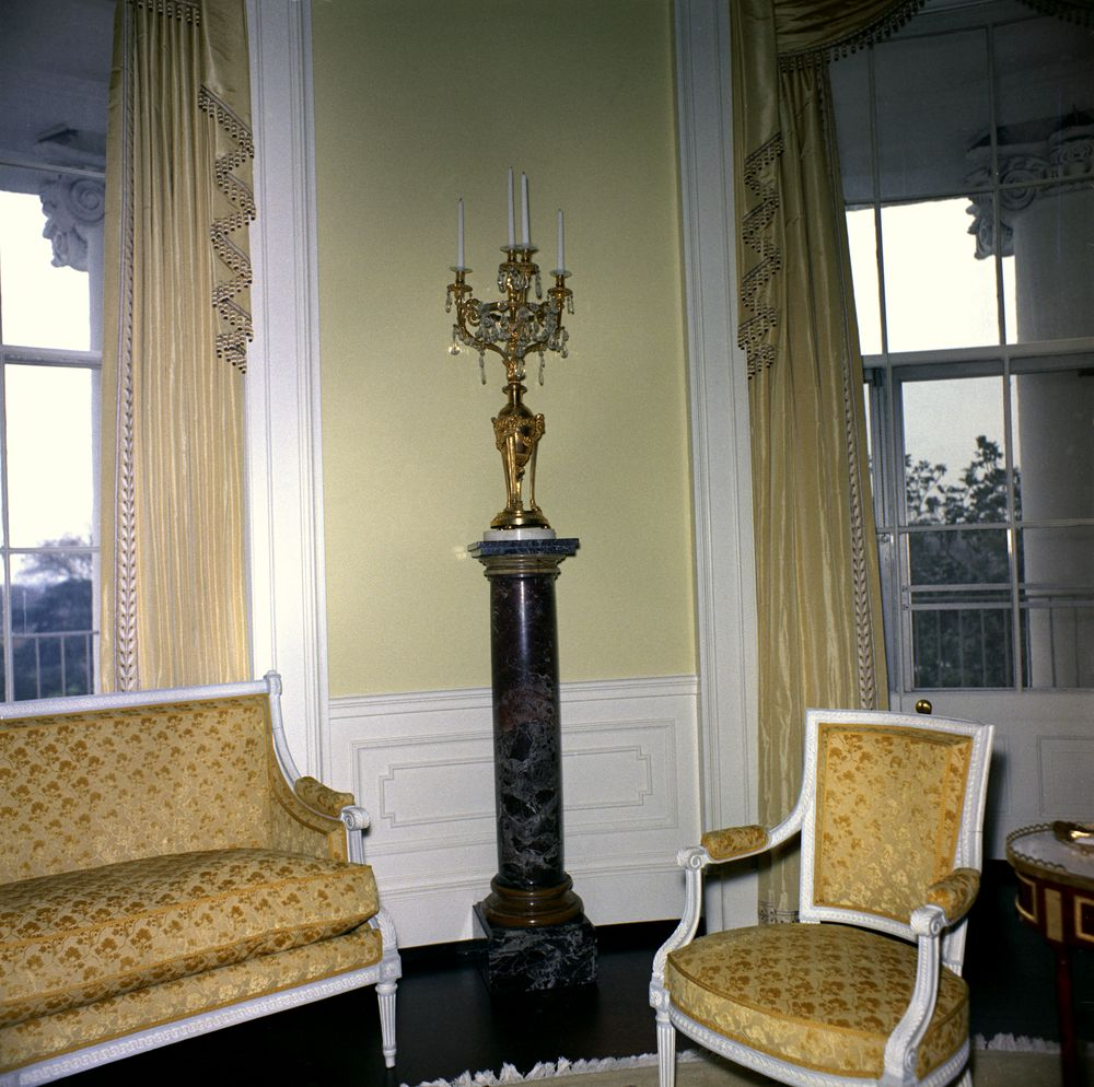 White House Rooms Yellow Oval Room Marble Pedestal