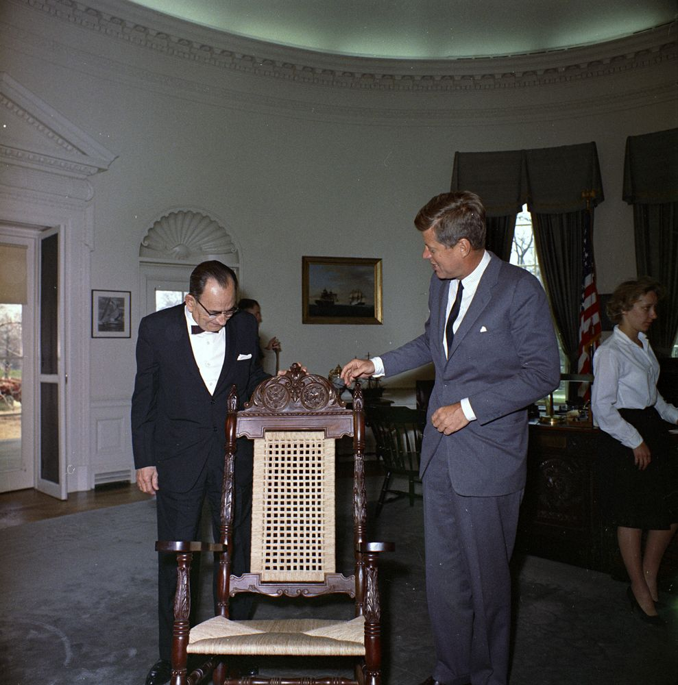 a discussion on the presidency of john f kennedy