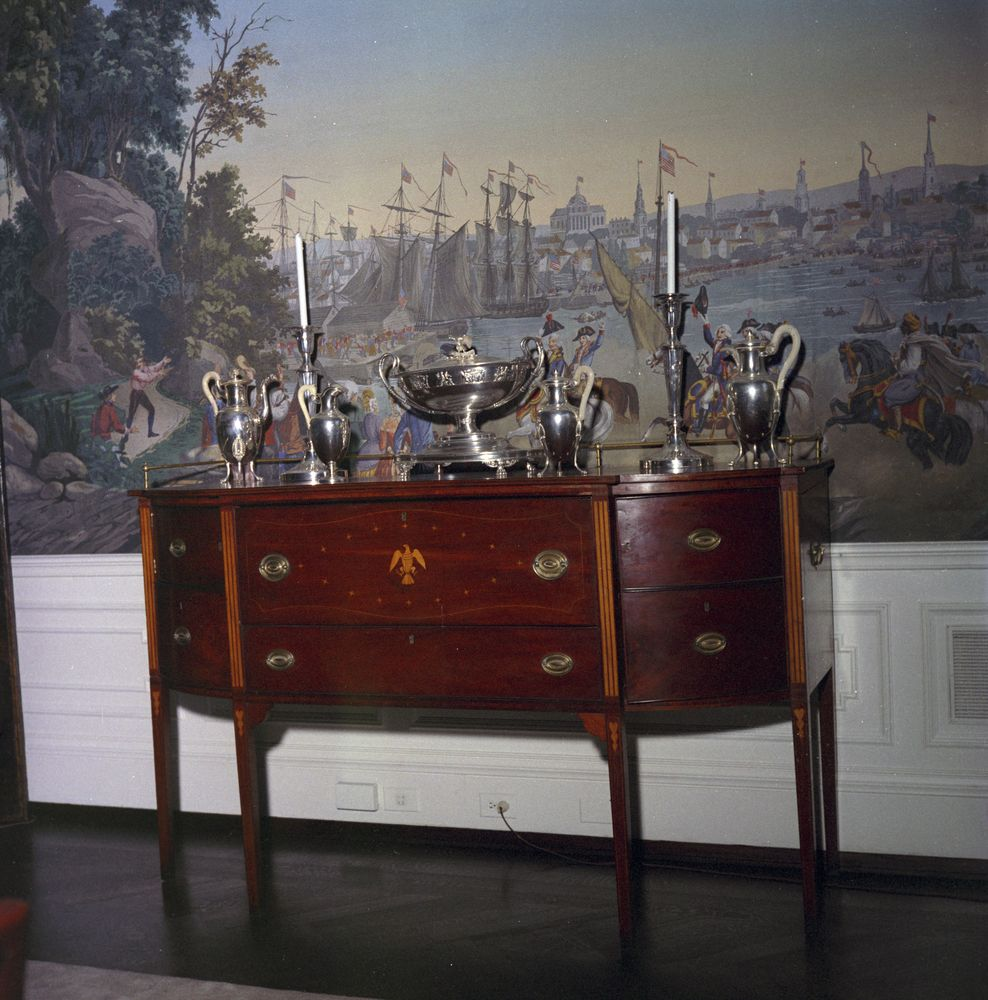 KN C21030 A. Mahogany Sideboard In The Presidentu0027s Dining Room, White House