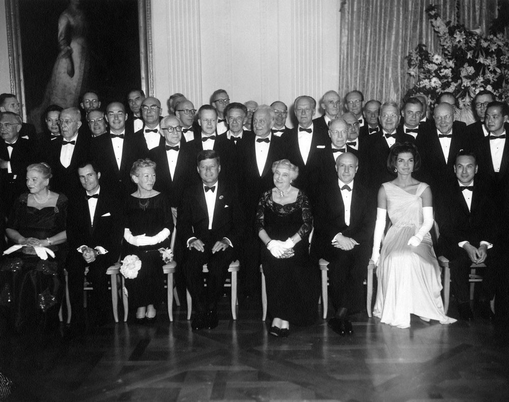 ar7188 b president john f kennedy and first lady jacqueline ar7188 b president john f kennedy and first lady jacqueline kennedy nobel laureates at white house dinner