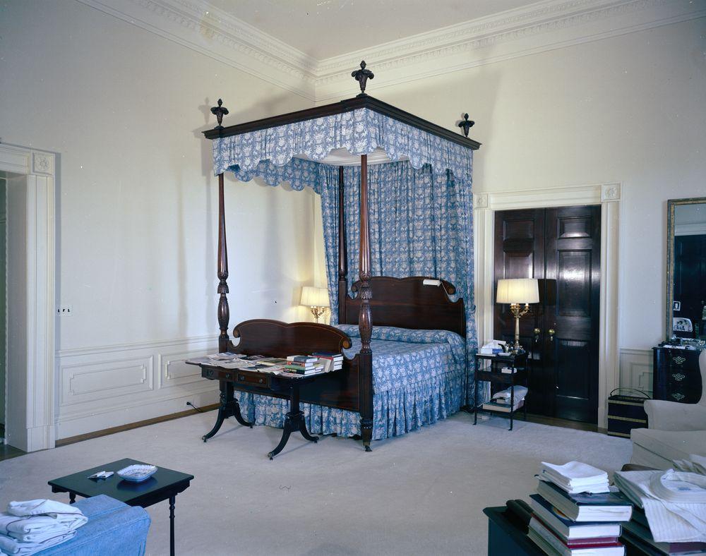 white house rooms red room president's bedroom sitting