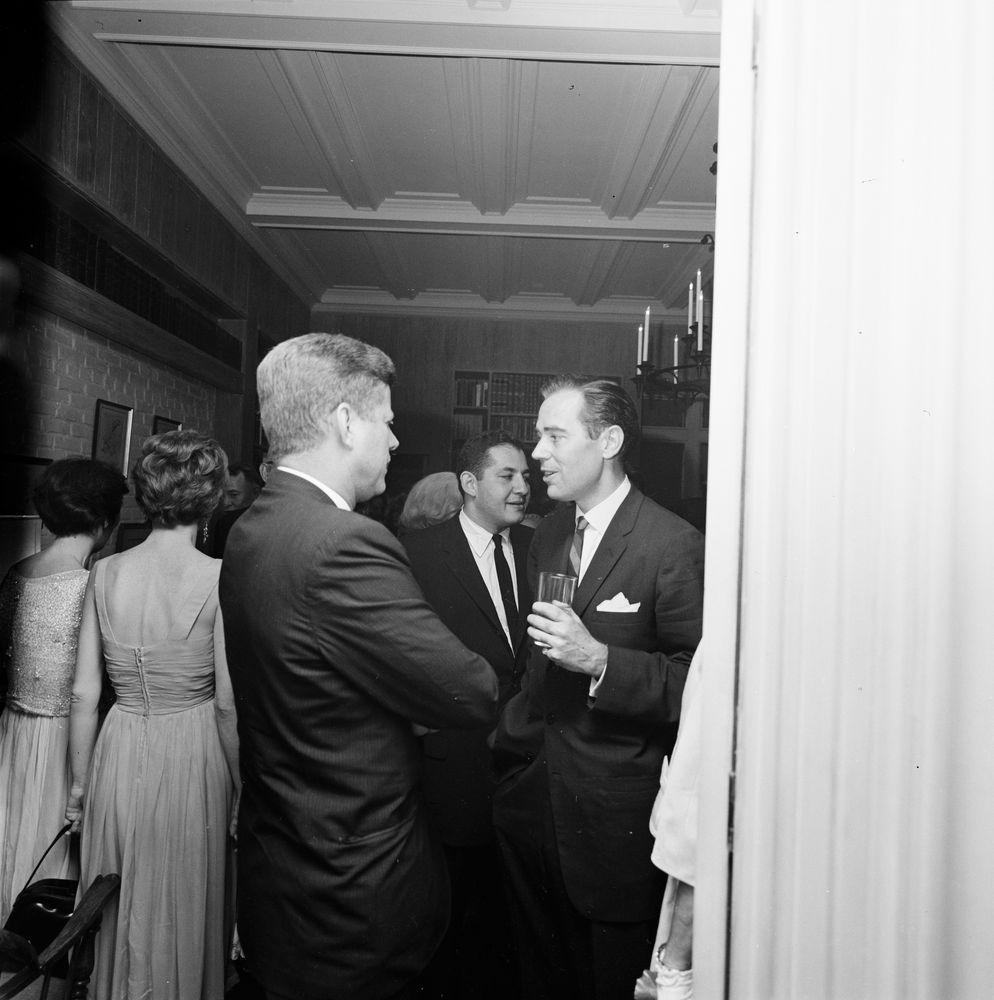 Trip to New York City: Reception, Arthur Krim Residence | JFK Library