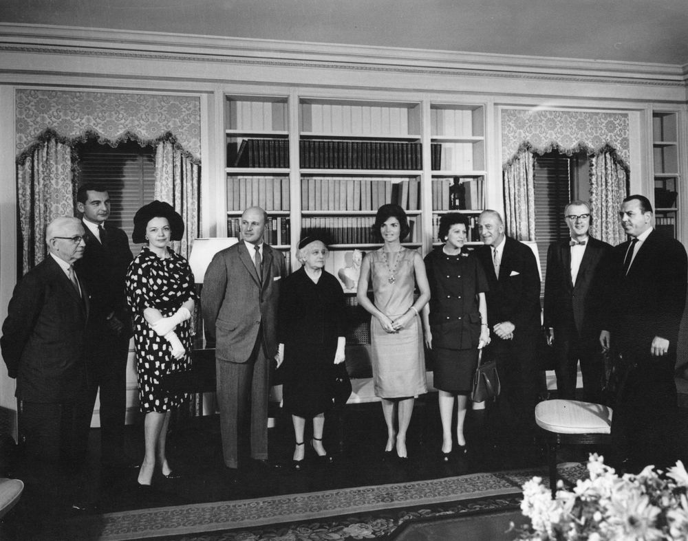 First Lady Jacqueline Kennedy Jbk Opens The Refurbished White House Library
