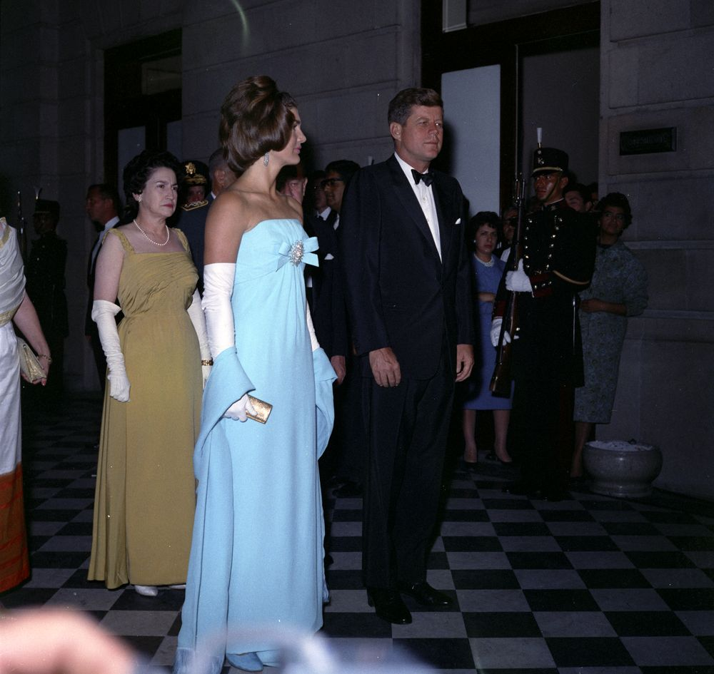 KN-C22666-KK. President John F. Kennedy and First Lady Jacqueline ...