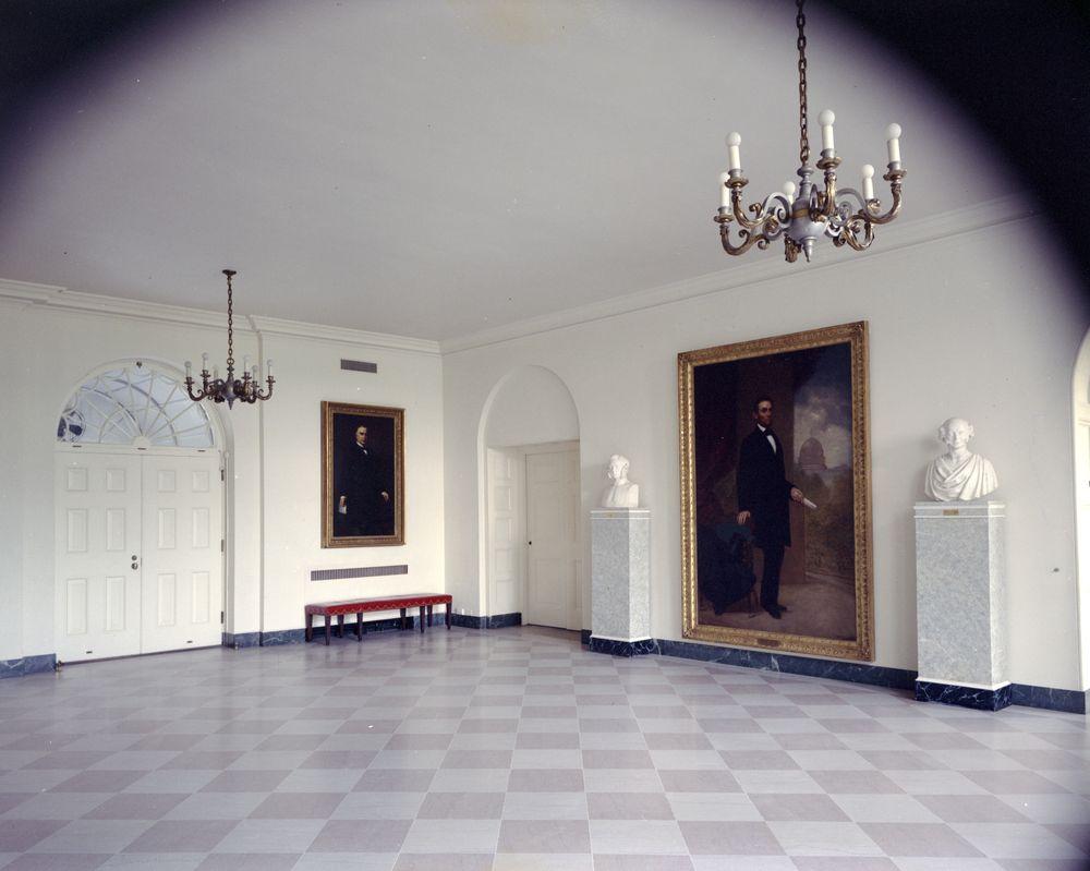 White House Foyer : White house rooms east wing visitors foyer john f