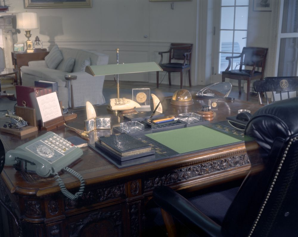 oval office furniture john f kennedy presidential