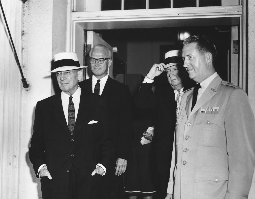 general macarthur essays One of the fateful meetings of history us general douglas macarthur and australian prime minister john curtin first met at parliament house canberra on 26 march 1942, six weeks after the fall of singapore and the subsequent japanese air raids on darwin, occupation of java and the first attacks on new guinea.