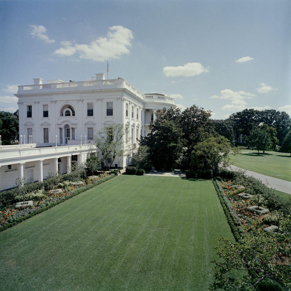 KN-C23409. Rose Garden of the White House - John F. Kennedy ...