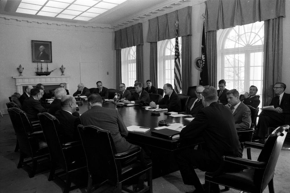KN-24644. President John F. Kennedy Holds Cabinet Meeting ...