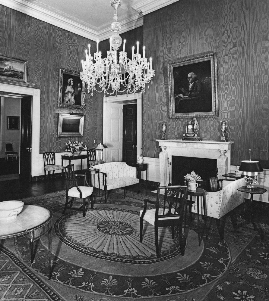 AR6333-4D. Green Room, White House