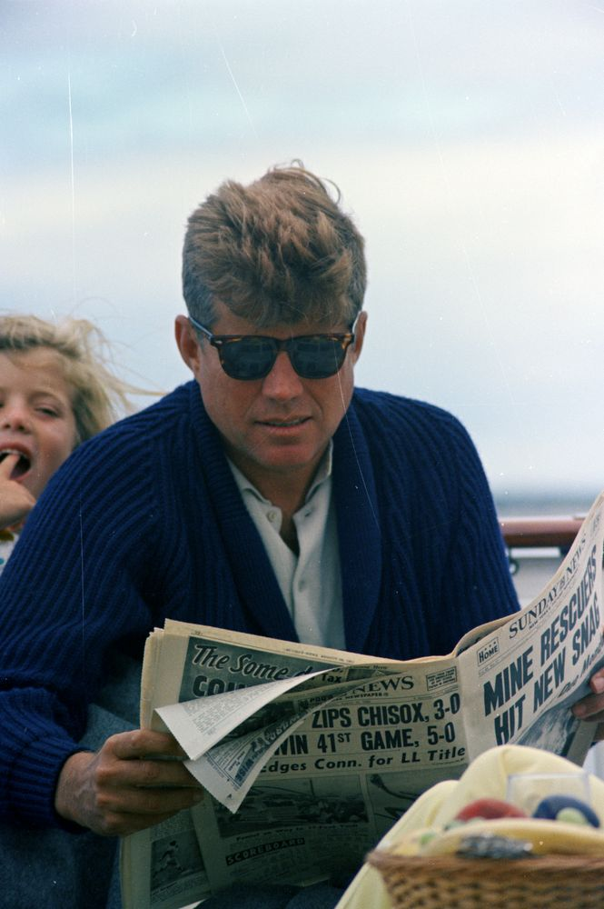 St C281 29 63 President John F Kennedy And Caroline Kennedy Aboard The Honey Fitz John F