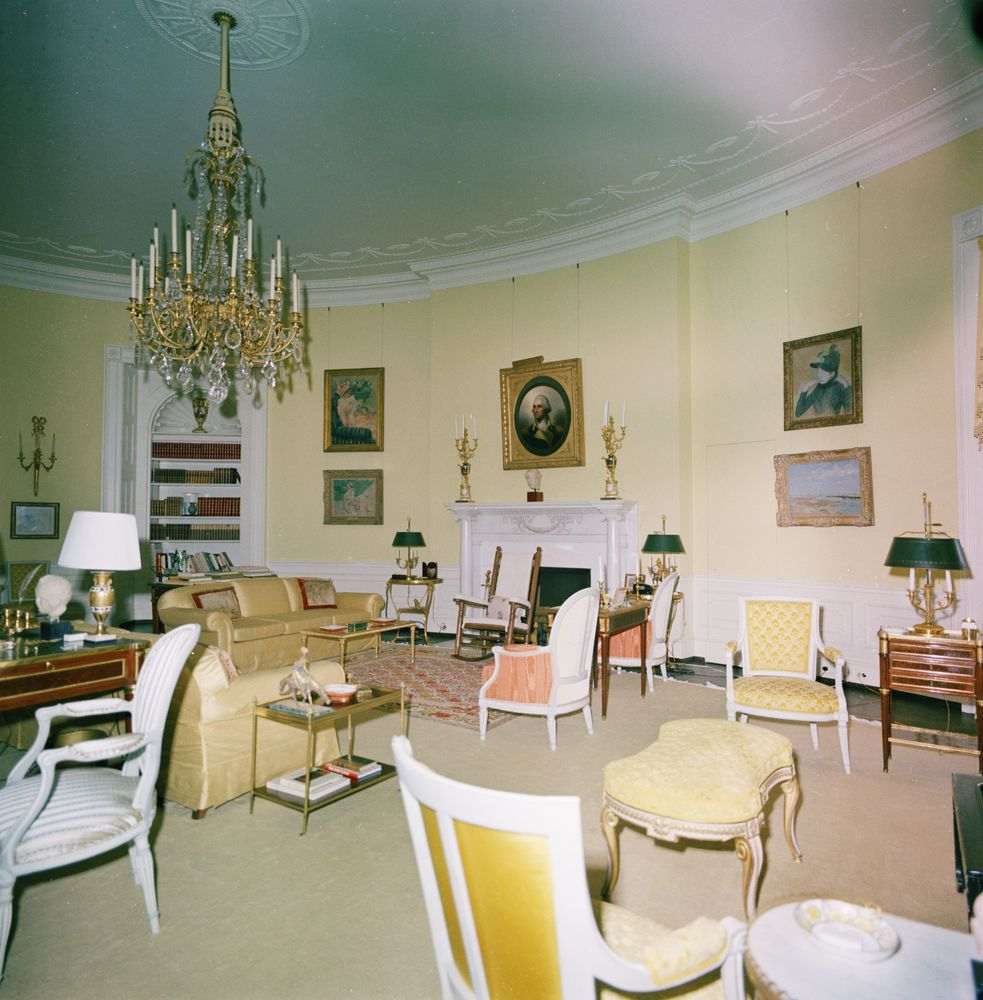 KN-C29734. Yellow Oval Room, White House