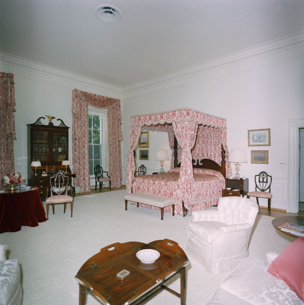 Bon The Queenu0027s Bedroom During The Kennedy Administration, 1963. Robert  Knudsen. White House Photographs. John F. Kennedy Presidential Library And  Museum, ...