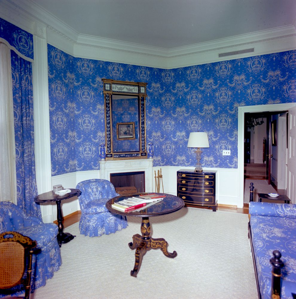 Image result for queens sitting room  white house