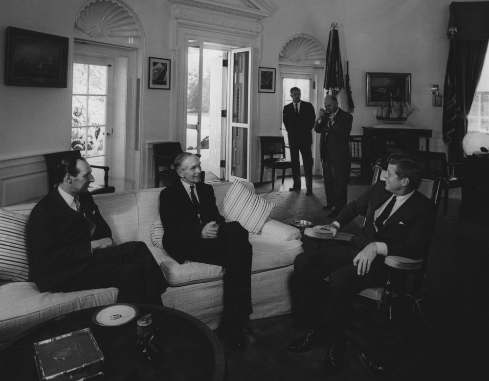 foreign policy of john f kennedy President johnson took office after president kennedy had been assassinated,  and therefore both presidents had dealt with similar challenges, especially.