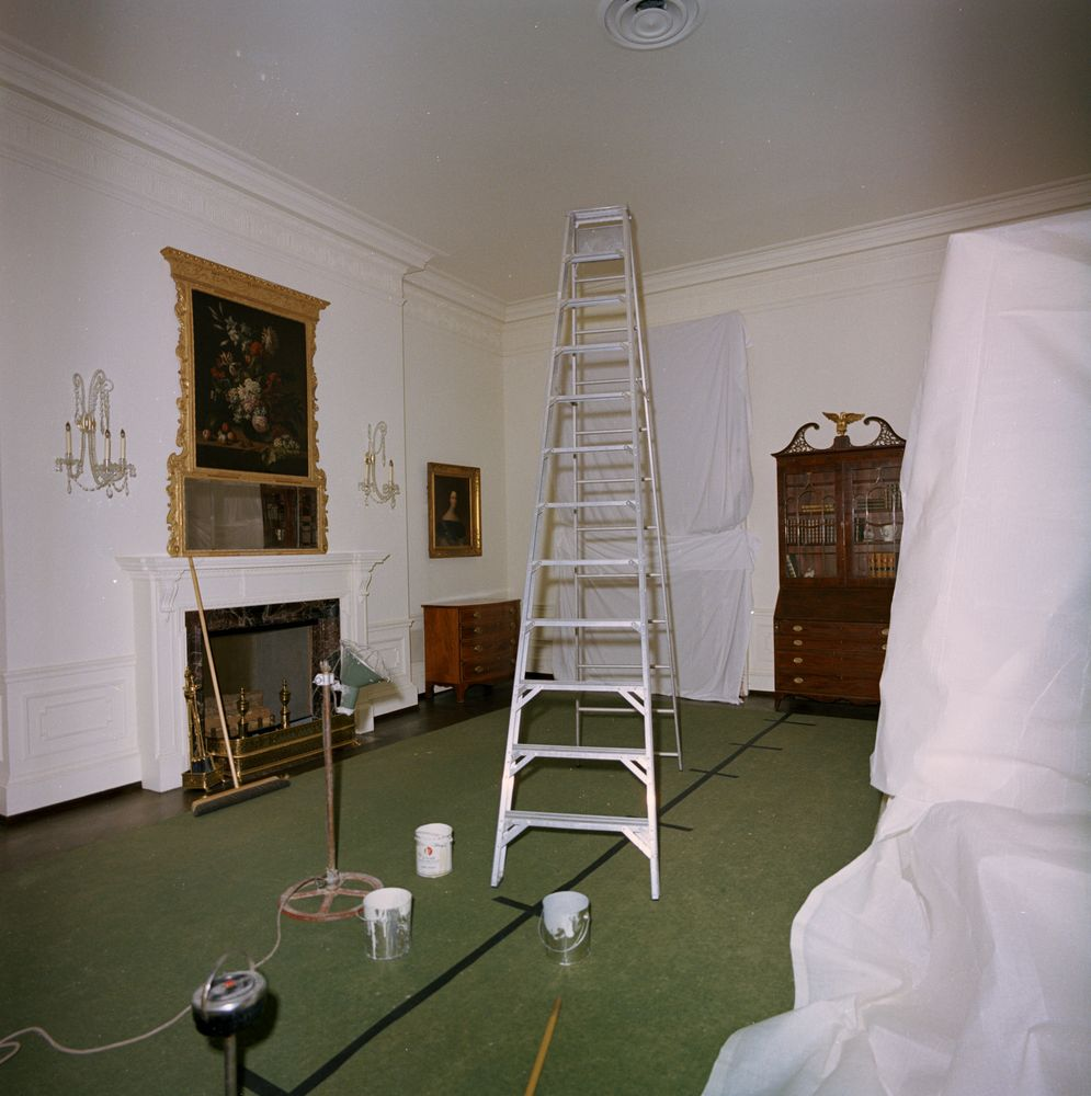 White House Rooms: Lincoln Bedroom and Queens' Bedroom undergoing