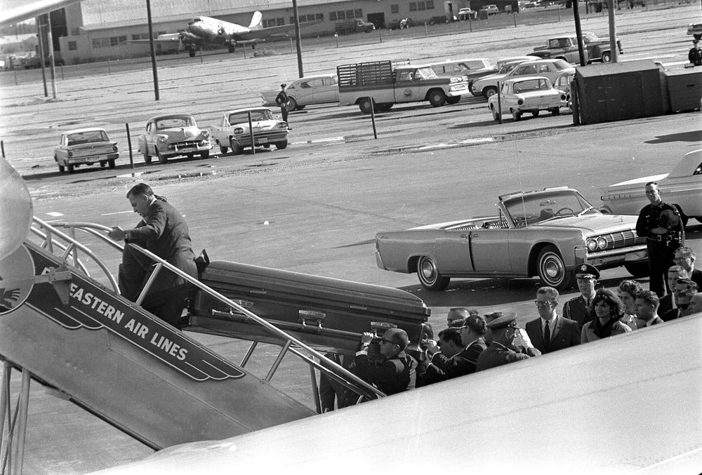 to Texas: Parkland Hospital (exterior); President's limousine; Love ...