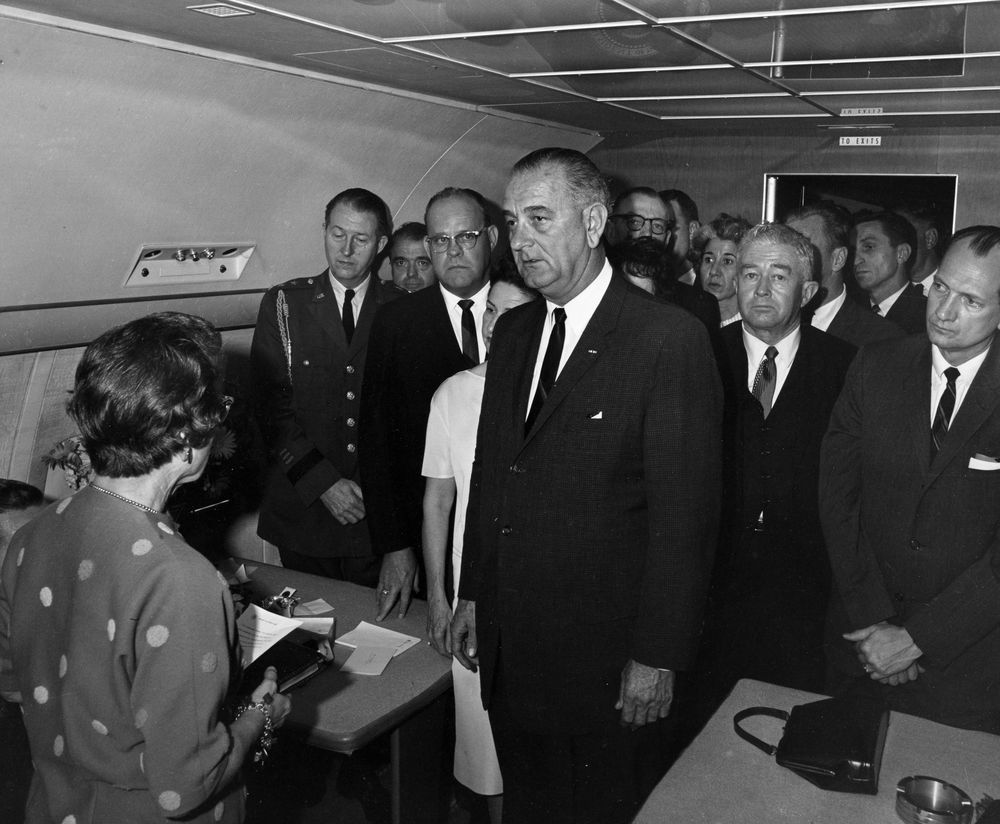 St 1a 3 63 president lyndon b johnson s swearing in aboard air force