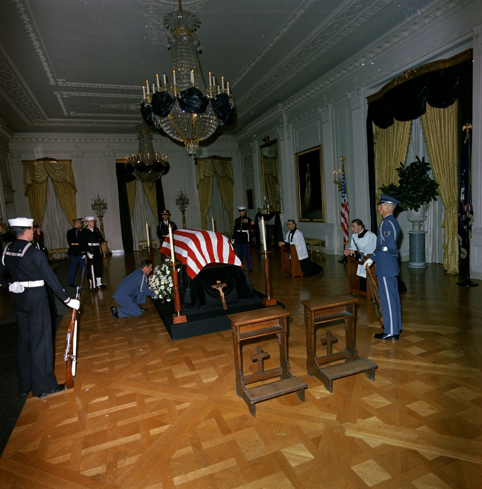 state funeral of president kennedy  lying in repose in the