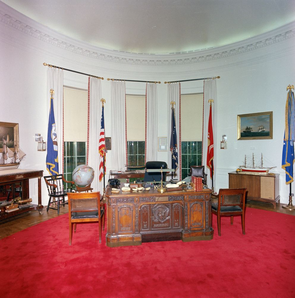 St C416 9 63 Redecorated Oval Office With President John