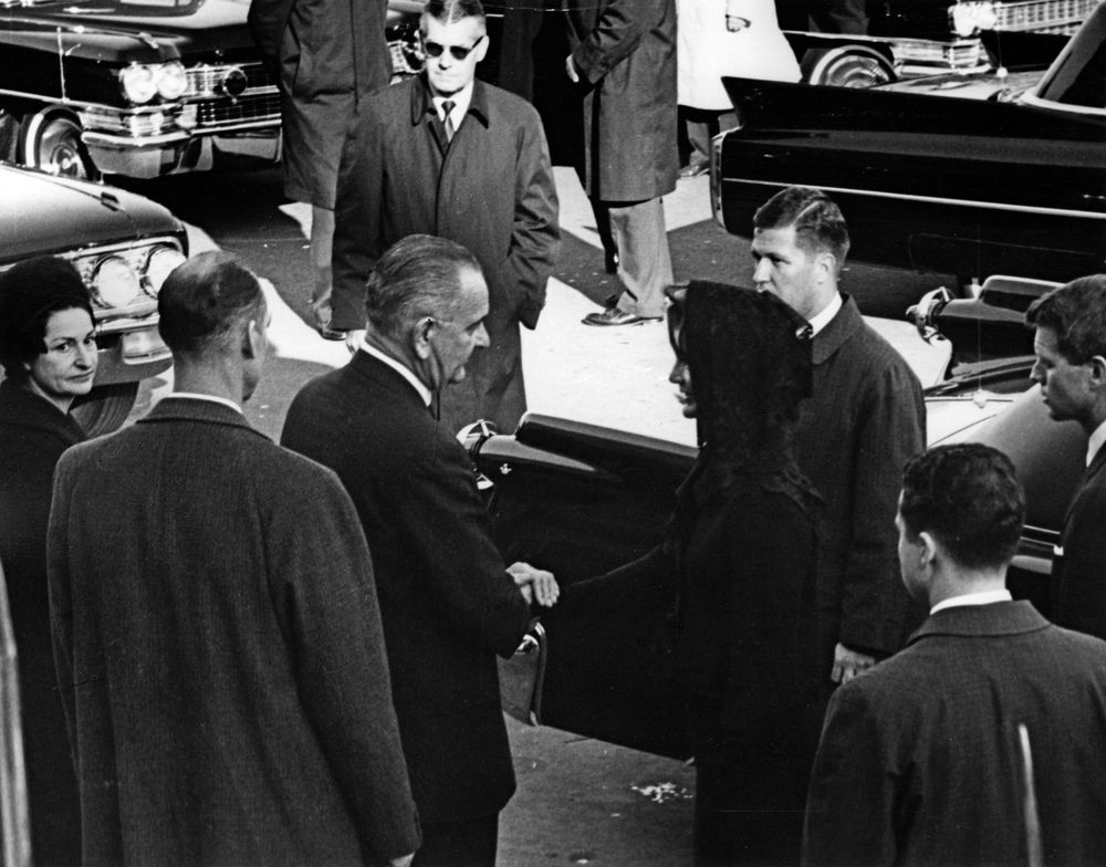 state funeral of president kennedy  lying in state at the